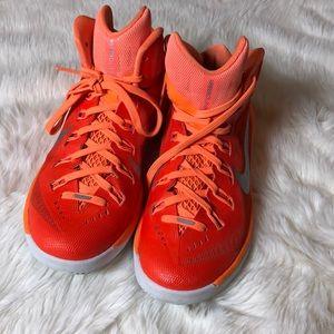 Nike  hyerdunk basketball shoes